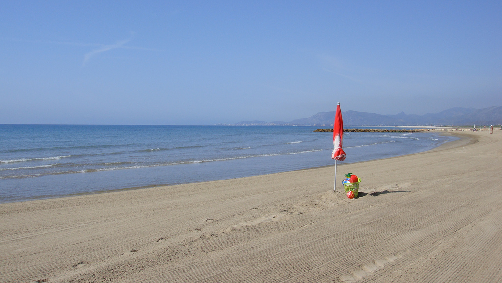 Playa en Torrenostra. Autor, Mariyuki