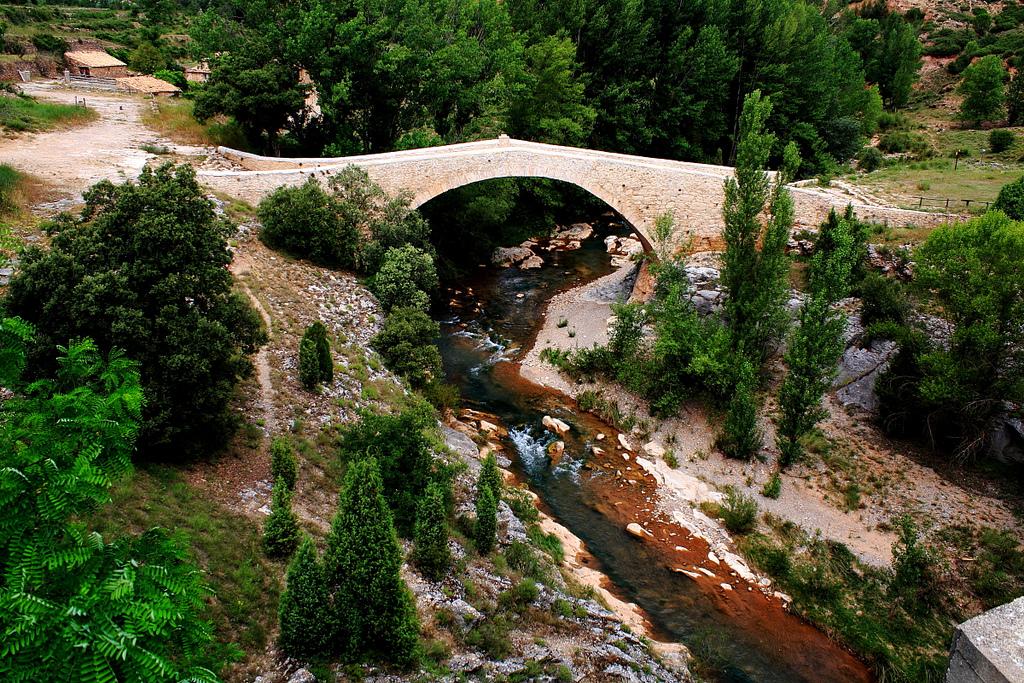 Puente sobre el rio Mijares. Autor, Mark
