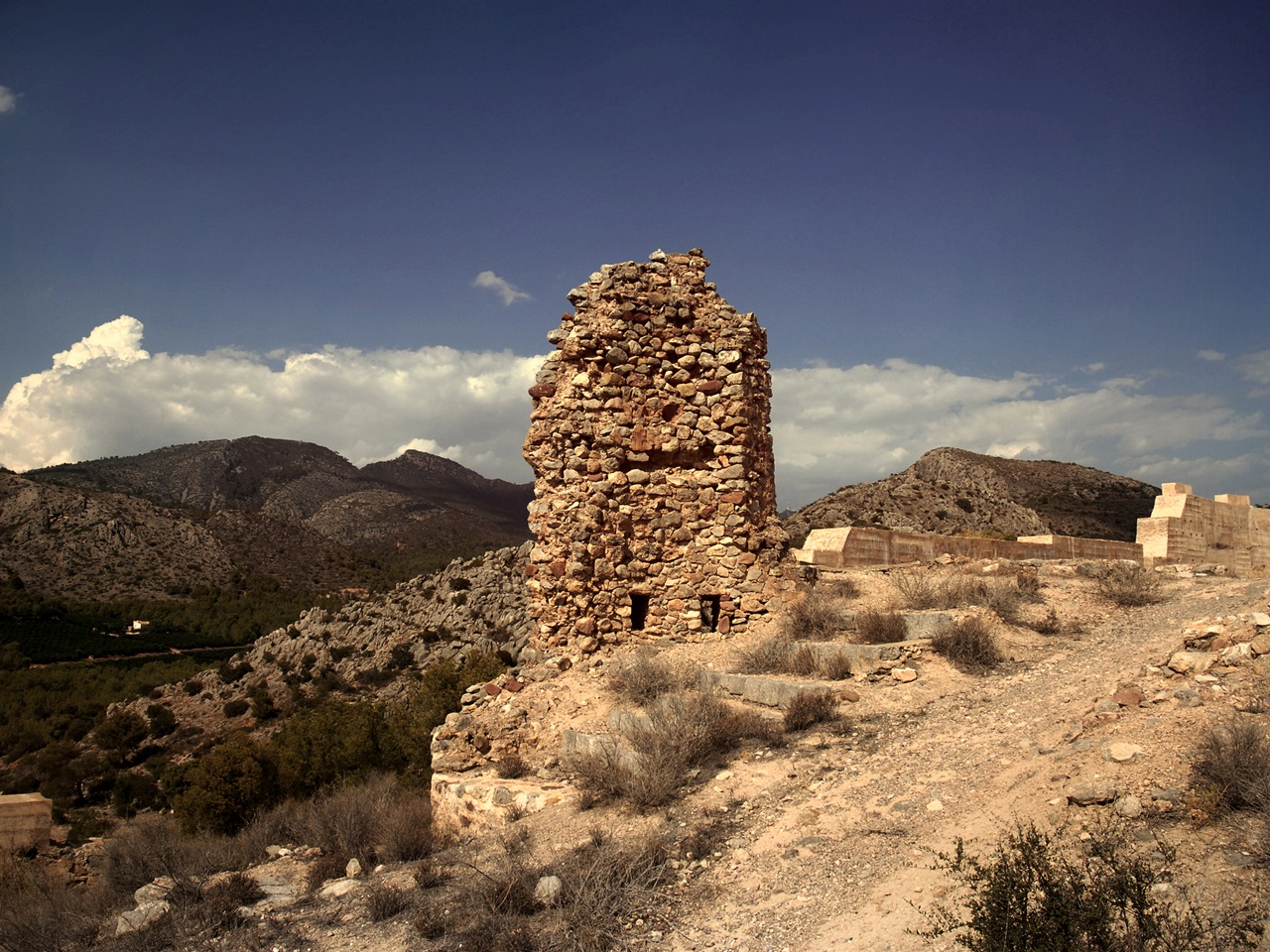castillo de Fadrell. Autor, Serge Teixeira