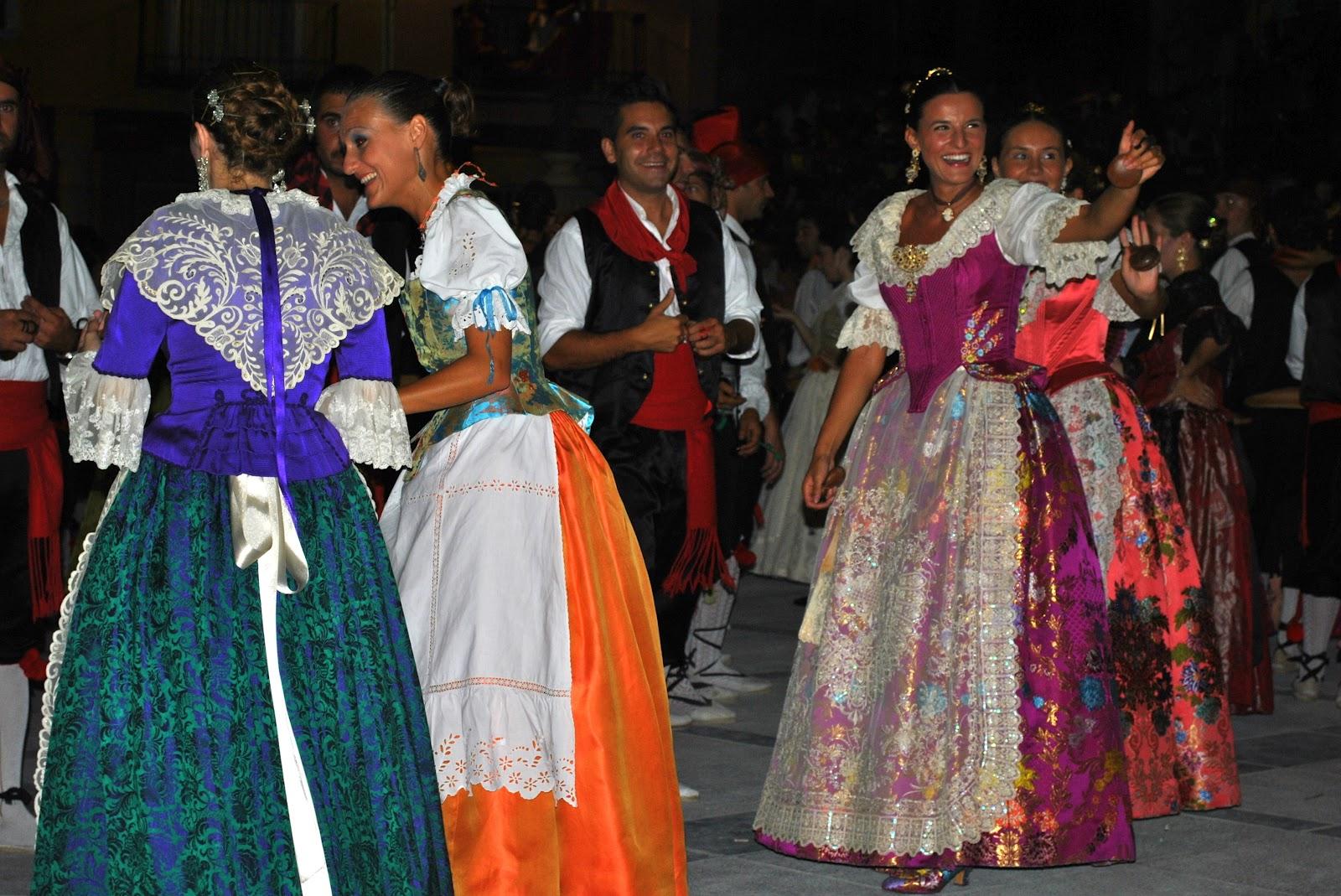 Ball Pla de Casats i Ball Pla de Fadrins. Sant Mateu. Autora, Lorena Moliner Esteller
