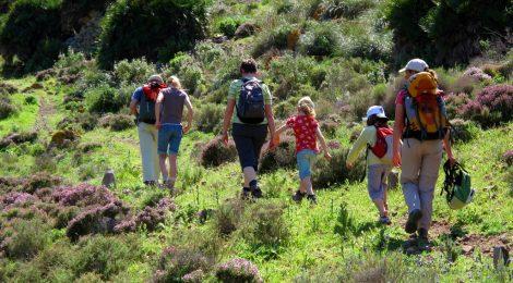 Naturaleza en familia Fundación Caja Castellón Comunidad Valencia turismo familiar senderismo