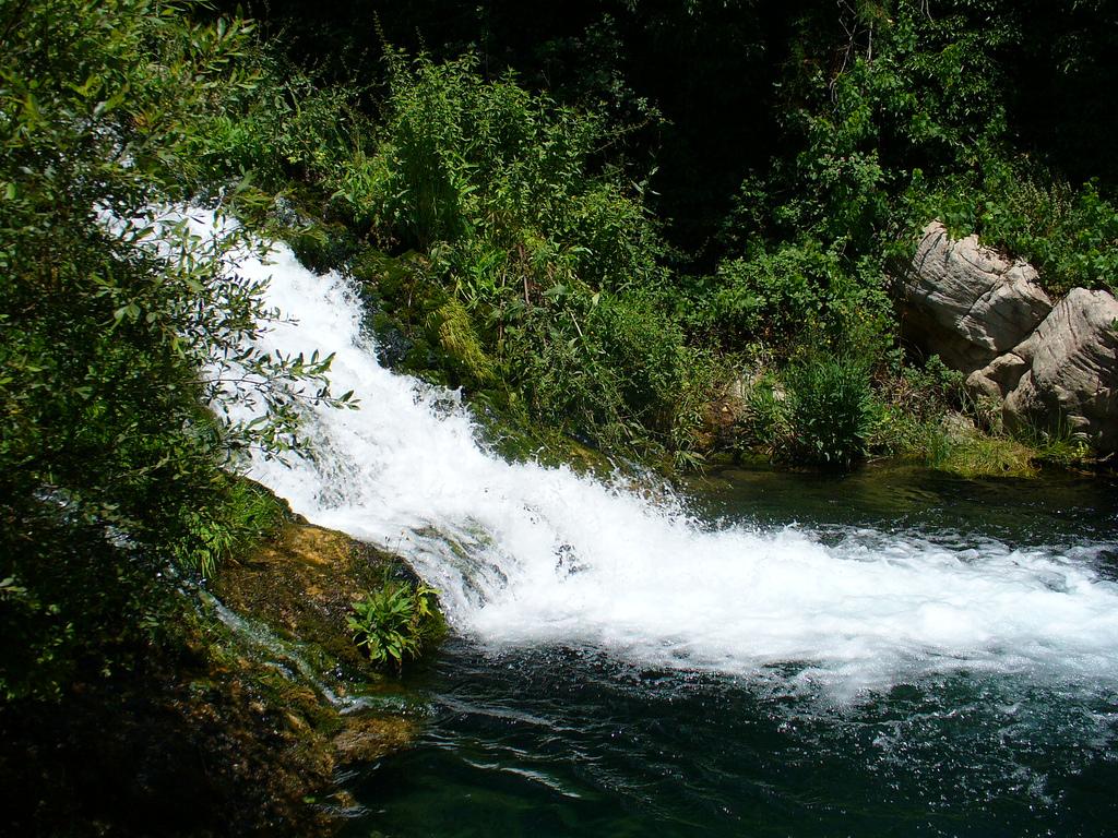 Cascada en el Río Palancia. Autor, Manel