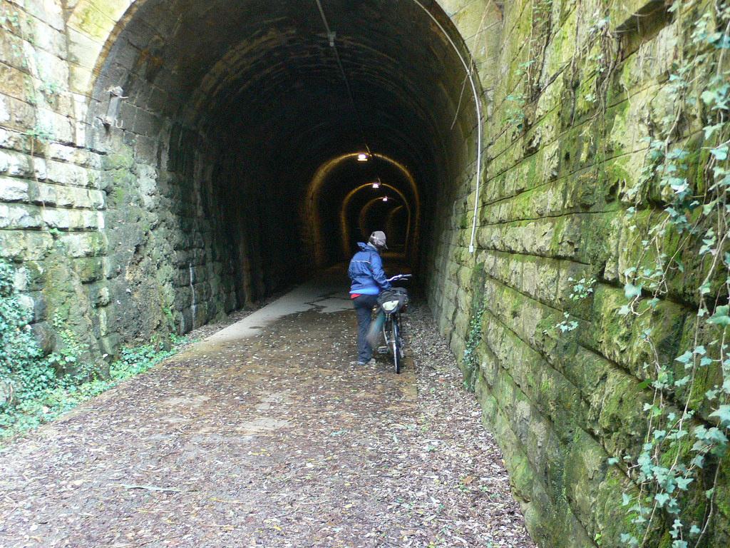 Túnel en la Vía Verde de Ojos Negros. Autor, vrakob
